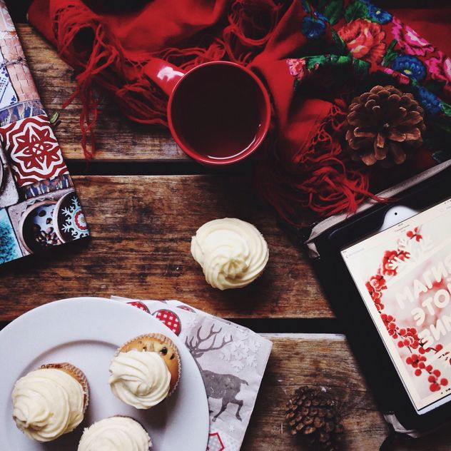 Cup of tea and carrot cupcakes - Free image #198433
