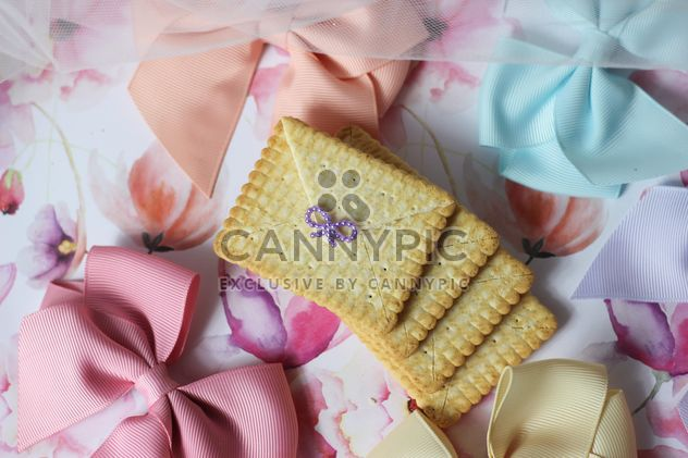 Cookies With A colorful Bows - Free image #201013