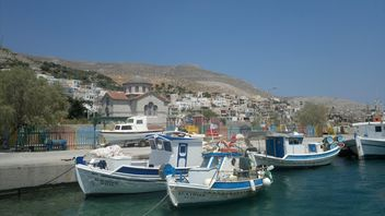Fishing Boats at Kalymnos harbor - image #273583 gratis