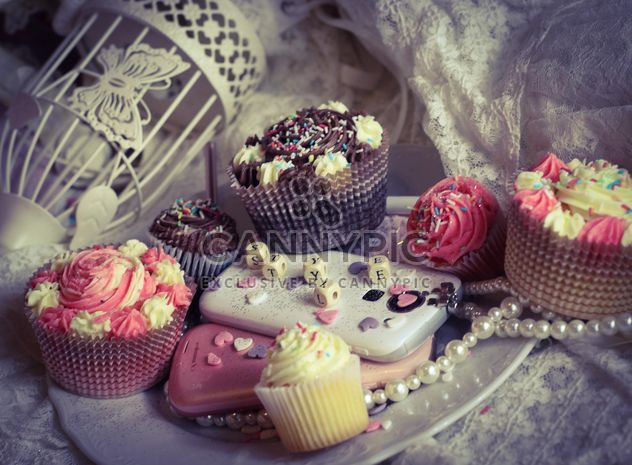 Sombras com cupcakes - Free image #273773