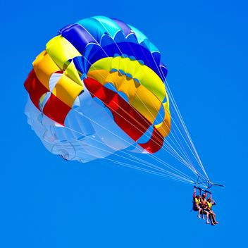 Extreme parachute flight - бесплатный image #273943