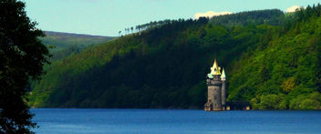 Castle in the Lake #dailyshoot #365 #Wales - Free image #285163