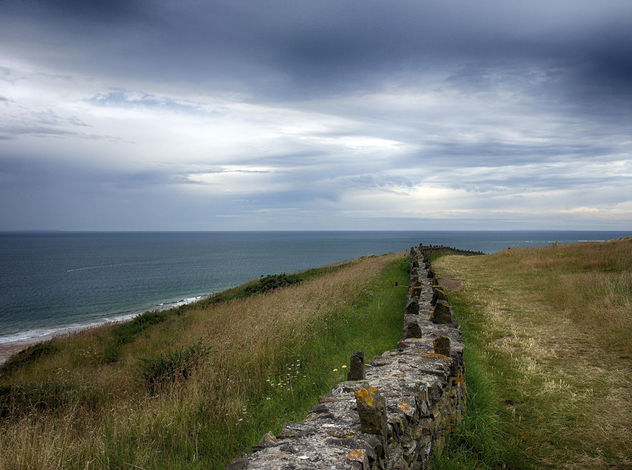 Cloudy Sky Across The Horizon - Kostenloses image #286863