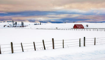 Winter red barn with fence - Free image #287403