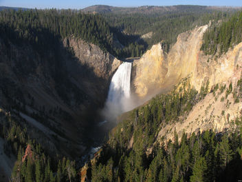 Lower Falls of the Yellowstone River, Yellowstone National Park, Wyoming - Kostenloses image #291603