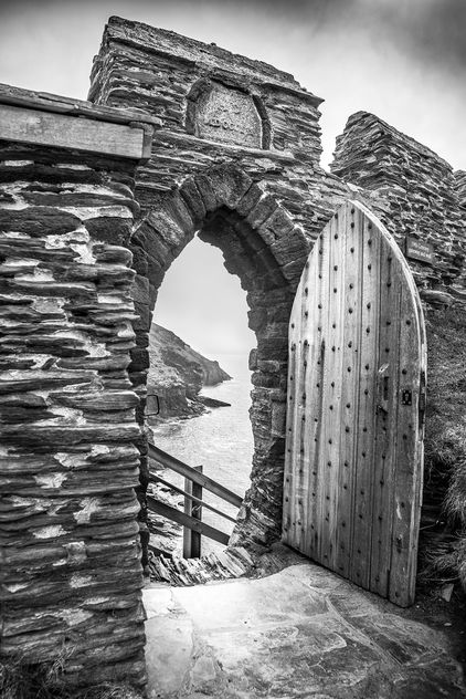 The gate of the Tintagel Castle, Cornwall, United Kingdom - Free image #291653