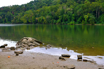 Potomac River at low tide in Early Autumn - бесплатный image #294033
