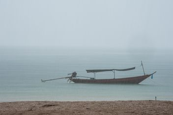 Fishing boat on a sea - бесплатный image #301703