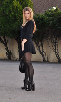 90s look+black on black+alexander wang boots + ferragamo bag - image gratuit #314563