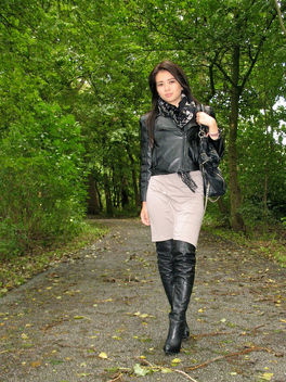 IMG_4611 Woman wearing leather - бесплатный image #314693