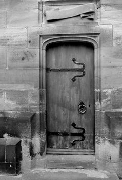 Durham College Door #stcuthbertsway #OUMS #leshainesimages #dailyshoot - Free image #324233