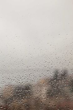 rain drops on window - image gratuit #330423