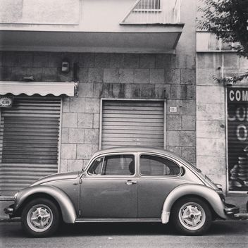 Retro Volkswagen Beetle car - бесплатный image #331423