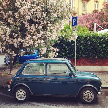 Old Mini Cooper car - image gratuit #331923