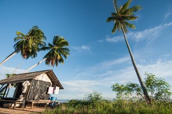 Wooden hut on a beach - image #332963 gratis