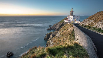 Baily lighthouse - Dublin, Ireland - Seascape photography - Free image #336403