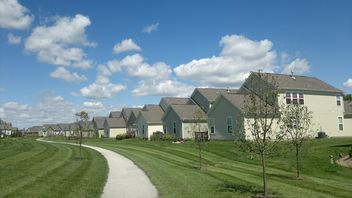 Typical American Suburban Homes in Carmel, Indiana - бесплатный image #344203