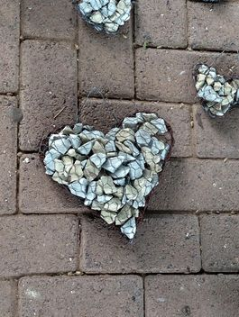 Stone heart on Valentine's Day - image gratuit #347763