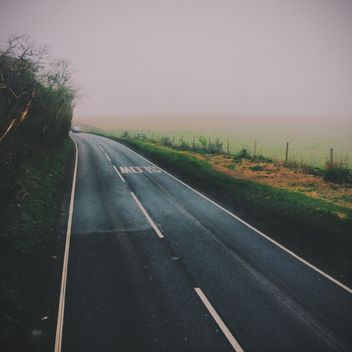 View on asphalt road in fog - бесплатный image #347773