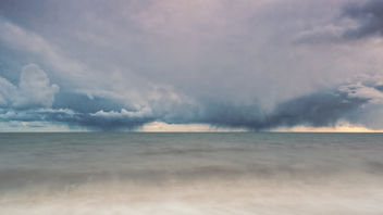 A tale of two storms - image gratuit #357883