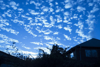 Clouds In The Blue Hour - image gratuit #359713