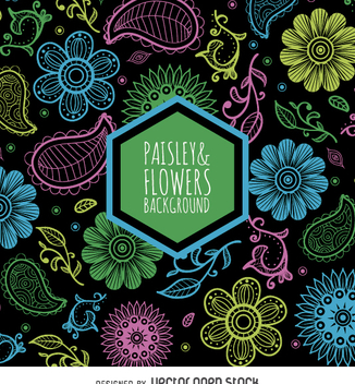 Pasley and flowers pattern over black background - vector gratuit #363253