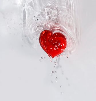 red heart in the water droplets Valentine on Valentine's day loveforclashot - Free image #385173