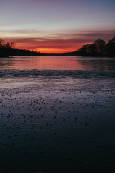 Rugged ice and red sunset - image gratuit #413103