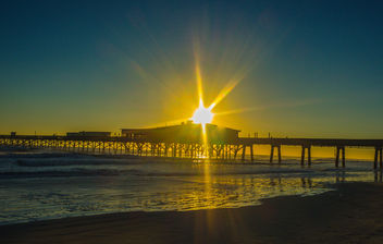 Sunrise near the dock - image gratuit #425543