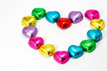 Heart shaped of chocolate candy - image gratuit #428773