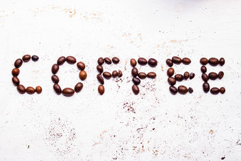 The word coffee from coffee beans - бесплатный image #446683