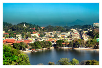 Kandy Lake and Kandy city aerial panoramic view - бесплатный image #455293