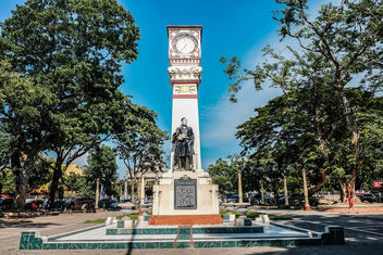 Jose Rizal monument in Dumaguete City - Kostenloses image #463743