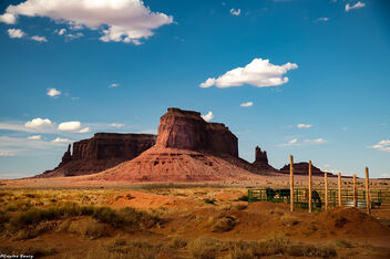 Outside Monument Valley - Kostenloses image #473273